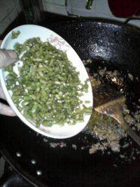 烂肉豇豆的做法步骤7