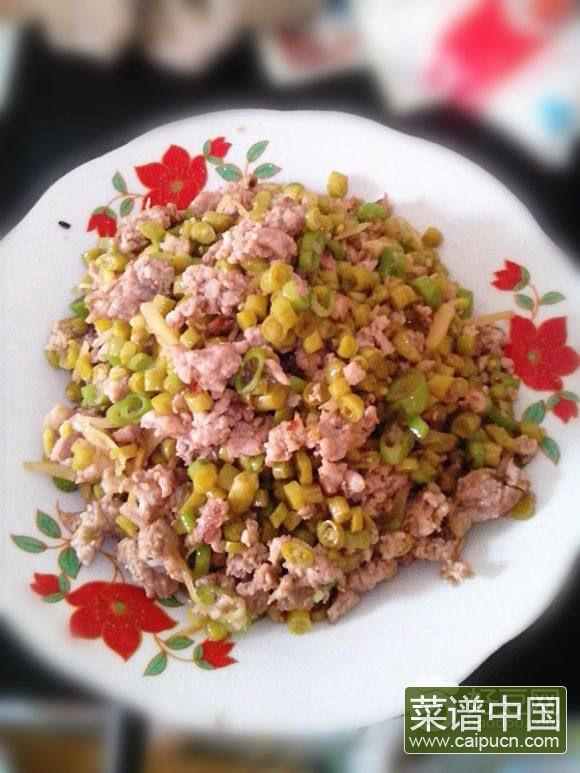 烂肉豇豆炒菜杆
