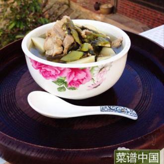 龙骨鲜笋汤