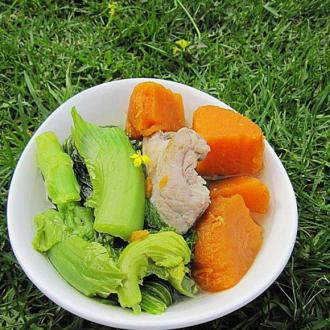 咸猪骨煲芥菜番薯