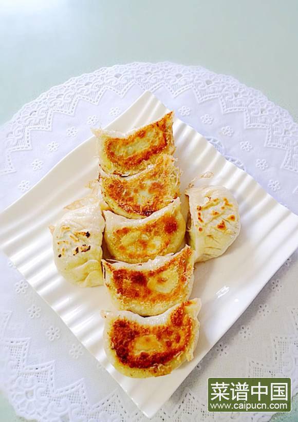 韭菜鱼滑豆腐馅饺子