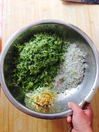 酱肉萝卜包子的做法步骤4