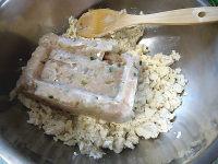 韭菜鱼滑豆腐馅饺子的做法步骤4