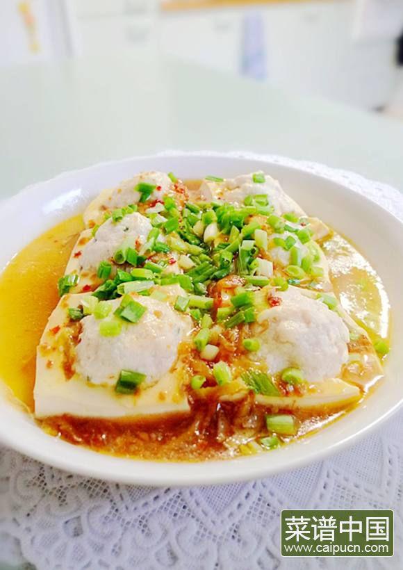 XO酱浇汁鱼滑酿豆腐