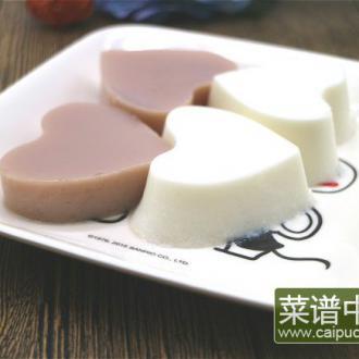 牛奶棉花棉果冻布丁