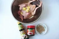 鸿运烤鸽子的做法步骤1