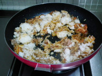 韩式金枪鱼辣白菜炒饭的做法步骤6