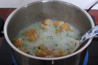 油条香葱粥的做法步骤7