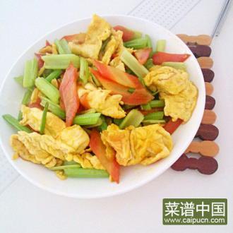 胡萝卜芹菜炒鸡蛋