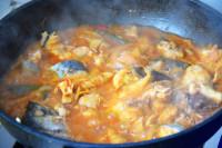 辣白菜炖鲅鱼的做法步骤9