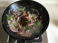 黑椒洋葱青椒炒牛肉的做法步骤8