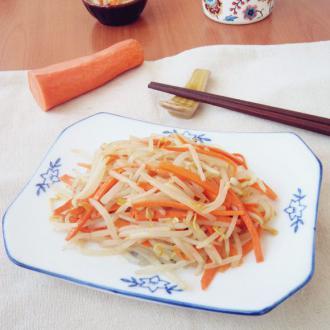 豆芽菜炒胡萝卜