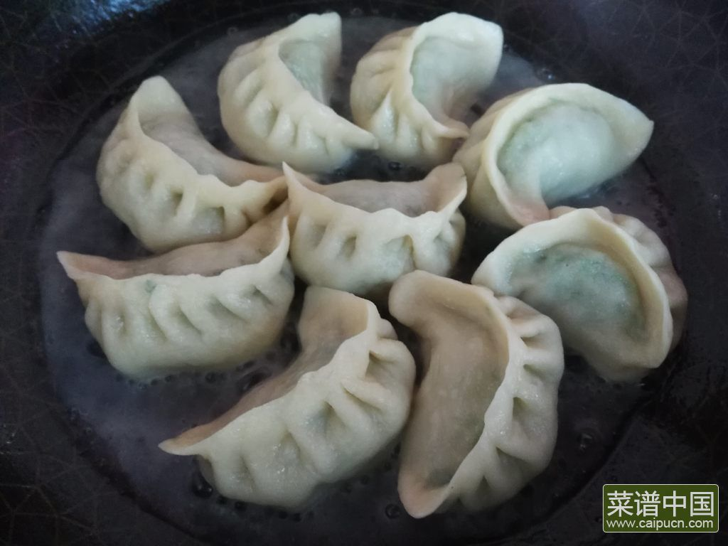 冰花煎饺的做法步骤12