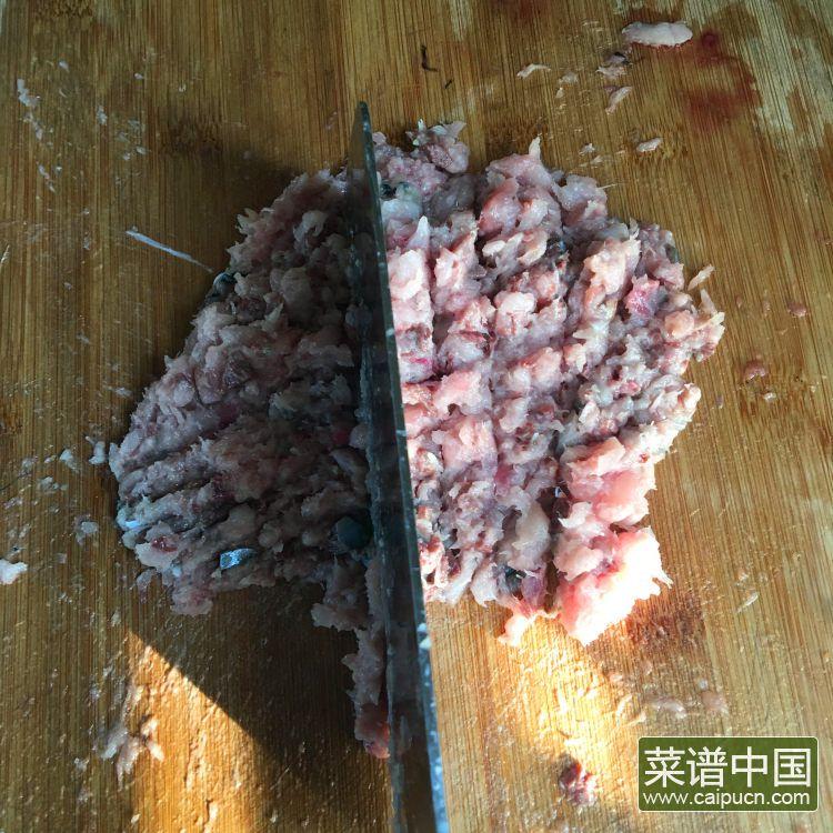 青鱼鱼饼的做法步骤4
