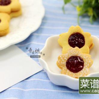 果酱夹心小甜饼