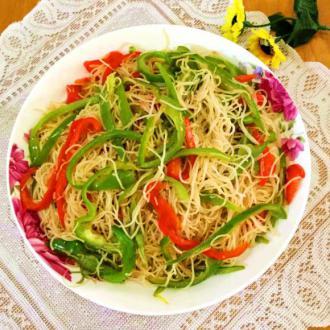 菜椒炒米粉
