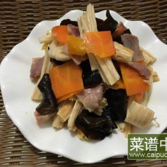 木耳腐竹炒腊肉