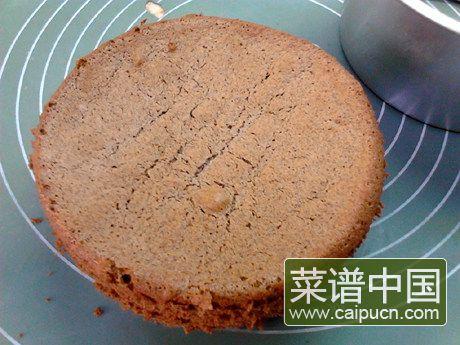 黑米戚风蛋糕的做法步骤16
