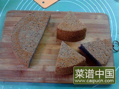 黑米戚风蛋糕的做法步骤17