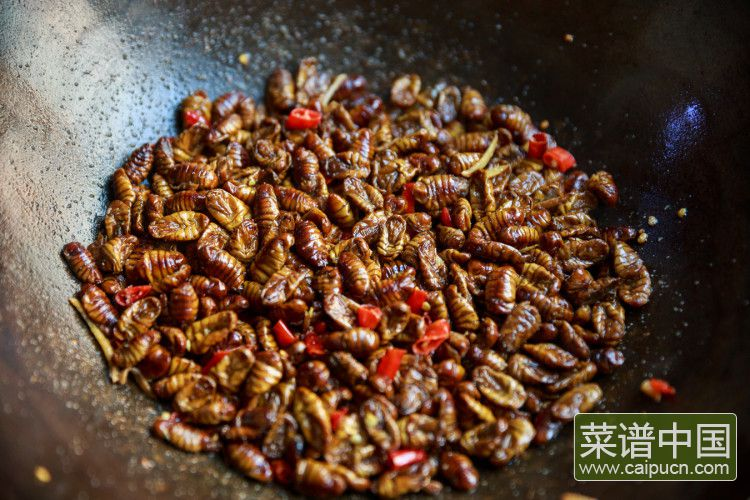 干煸蚕蛹子的做法步骤4