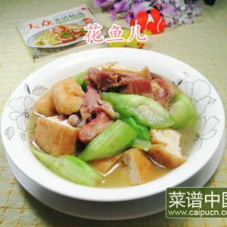 丝瓜油豆腐煮腊鸡腿