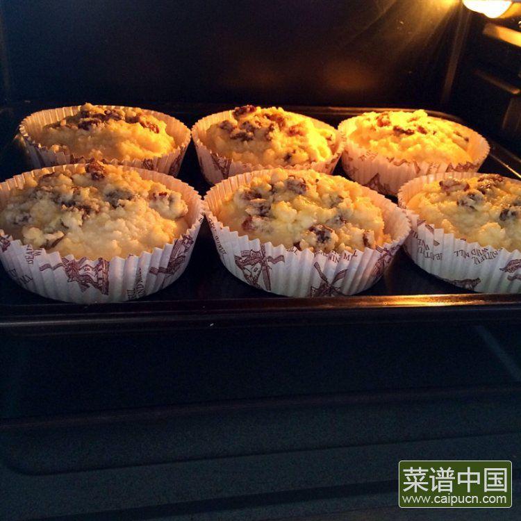 葡萄干椰蓉泡浆面包的做法步骤13