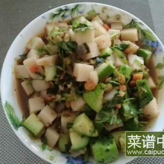 黄瓜拌米豆腐