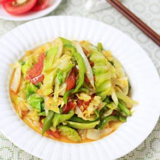 西红柿炒包包菜