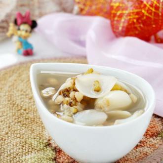 绿豆薏米百合汤