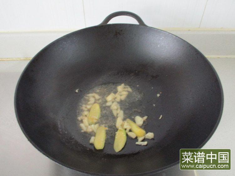 芦笋青椒凤尾虾的做法步骤8