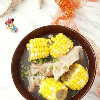 玉米榴莲壳炖猪骨