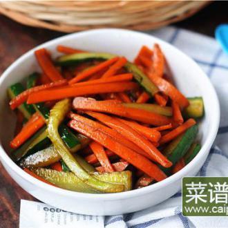 胡萝卜炒黄瓜条