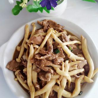 鲜菇炒鸭肉