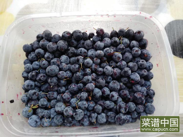 蓝莓山药汁的做法步骤2