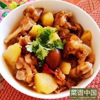 猪蹄炖土豆