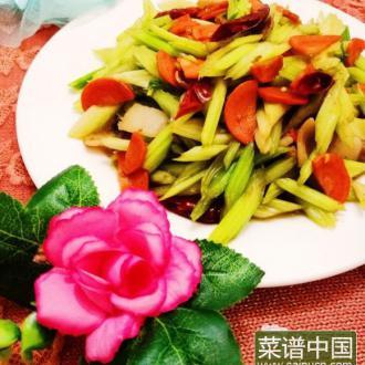 芹菜胡萝卜炒肉