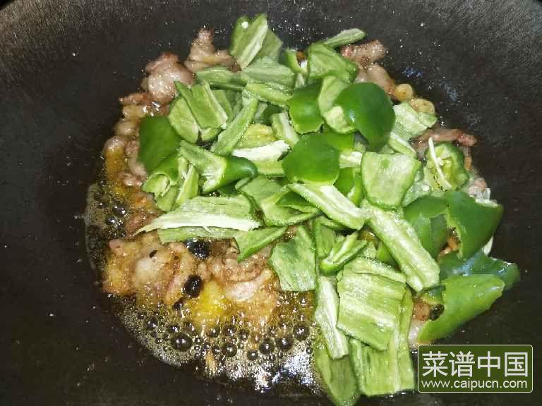 豆豉辣椒炒肉的做法步骤6