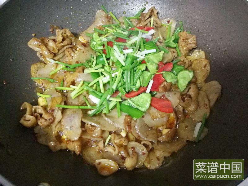 肥肠炒土豆干的做法步骤11