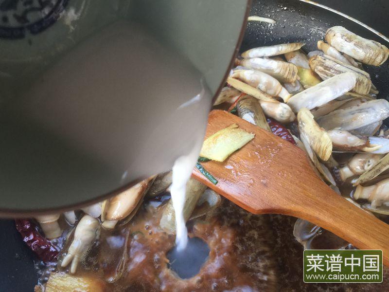 麻辣葱姜炒蛏子的做法步骤12