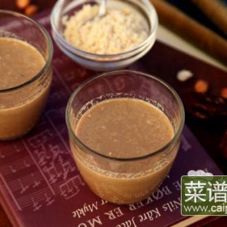 红枣花生牛奶饮
