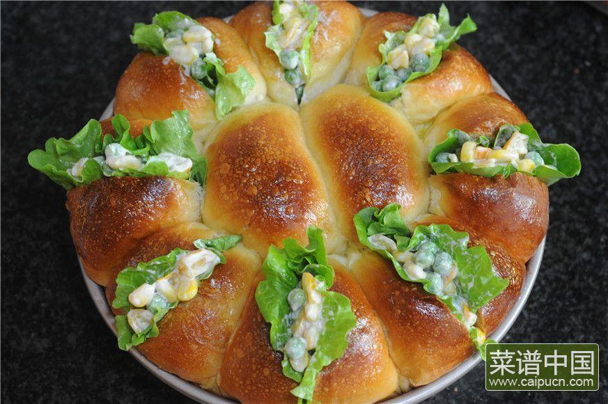 蓝莓沙拉花环面包的做法步骤16