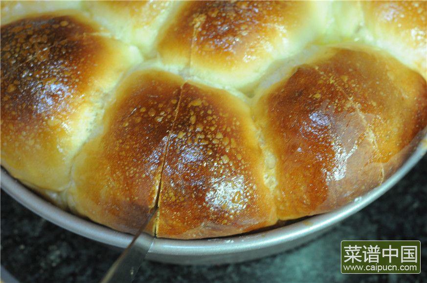 蓝莓沙拉花环面包的做法步骤15