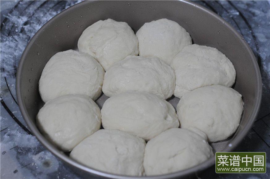 蓝莓沙拉花环面包的做法步骤7