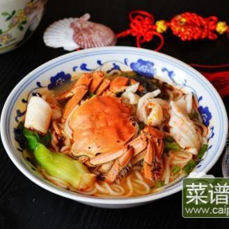 鱿鱼螃蟹煮米粉