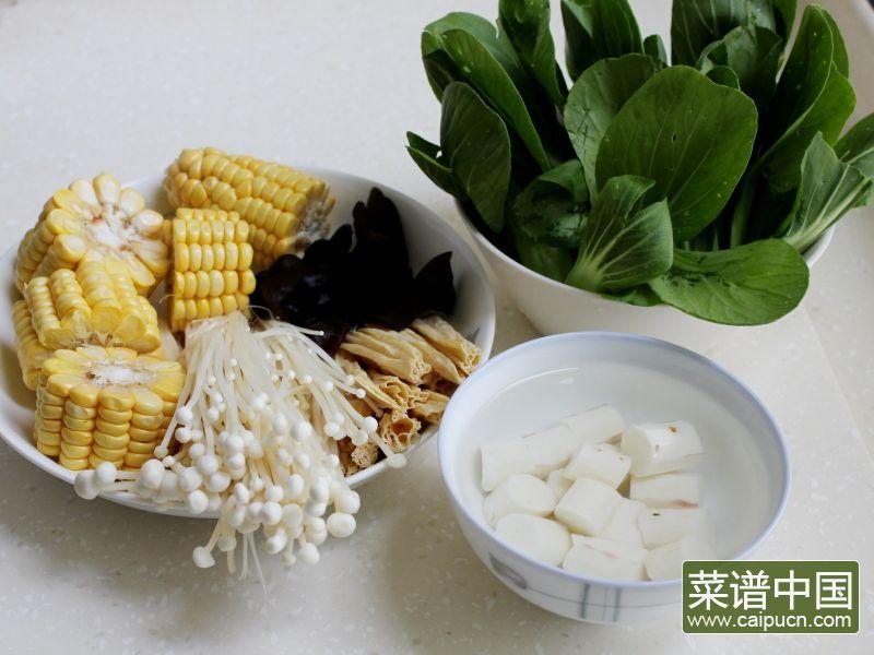 玉米棒土鸡汤#午餐#的做法步骤5