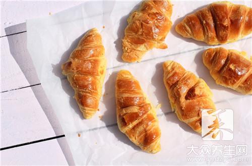 面包要蒸多少分钟能好?