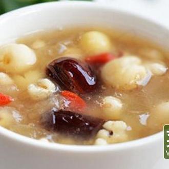 薏米芡实莲子粥