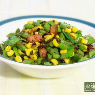 猪颈肉炒玉米四季豆