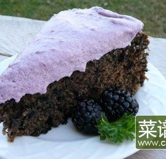酥脆黑莓蛋糕