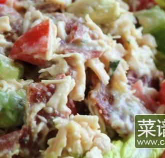 蔬菜培根鸡肉沙拉